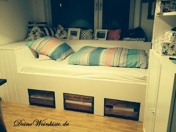 weinkisten betten. Black Bedroom Furniture Sets. Home Design Ideas